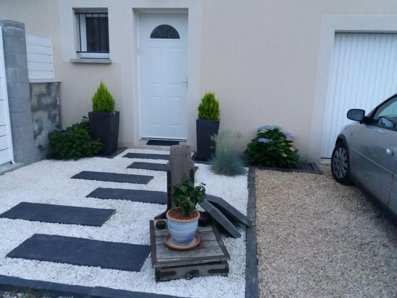 Entreprise Amenagement Exterieur Moselle entrée de la maison en 2020 | décoration jardin extérieur
