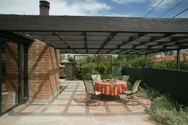 Basic wood patio cover design simple open pergolapergola for Easy covered patio ideas