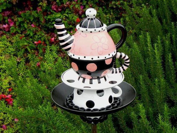 Design Of Wonderland Garden Decor Teapot Bird Feeder Alice In Wonderland Theme Preciousnpretty
