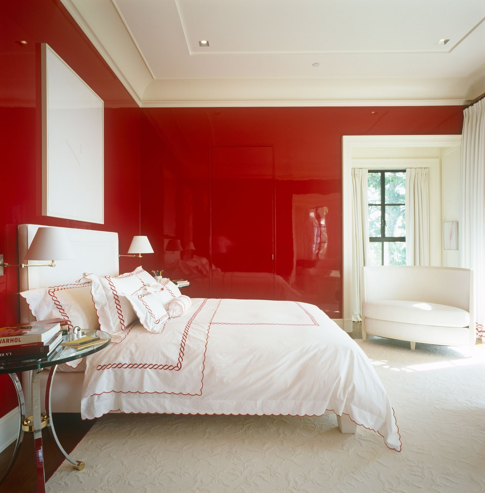 Designers Are Going Nuts Over This Super Glossy Paint Bedroom Red Red Rooms Interior
