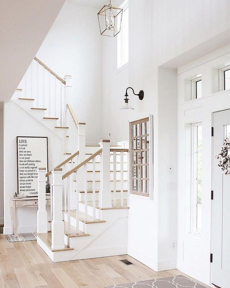 55 Unique Coastal Stairs Design Ideas For Home This Summer In 2020 Staircase Decor Farmhouse Staircase Coastal Living Rooms