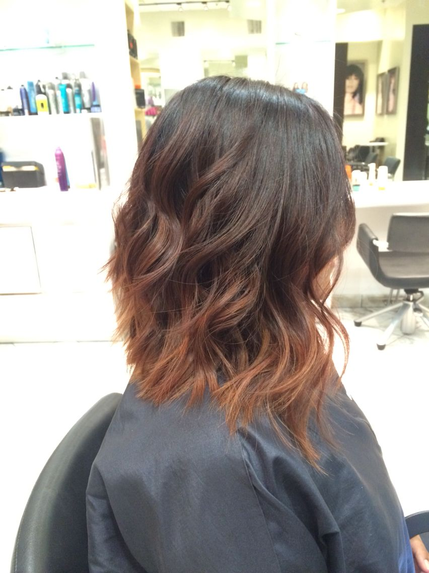 Long bob, dark brown Into light brown ombre