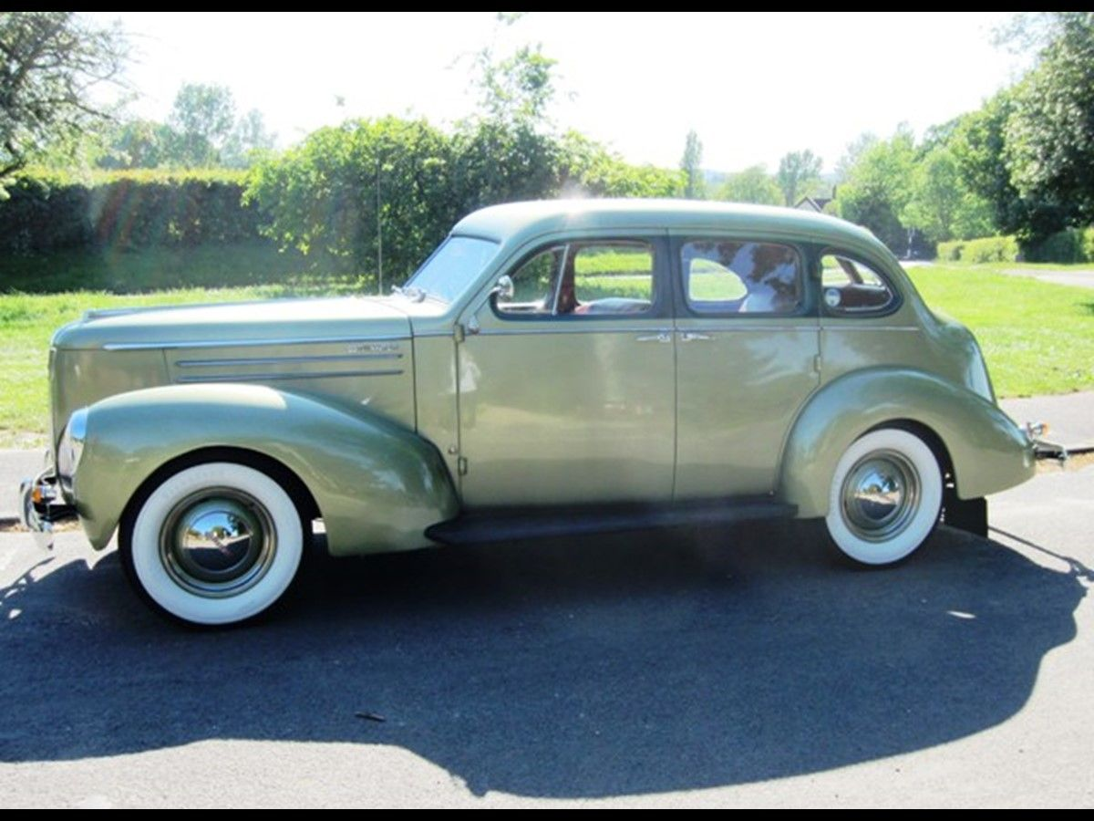 The Trade Archive Studebaker, Public auction, Collectibles