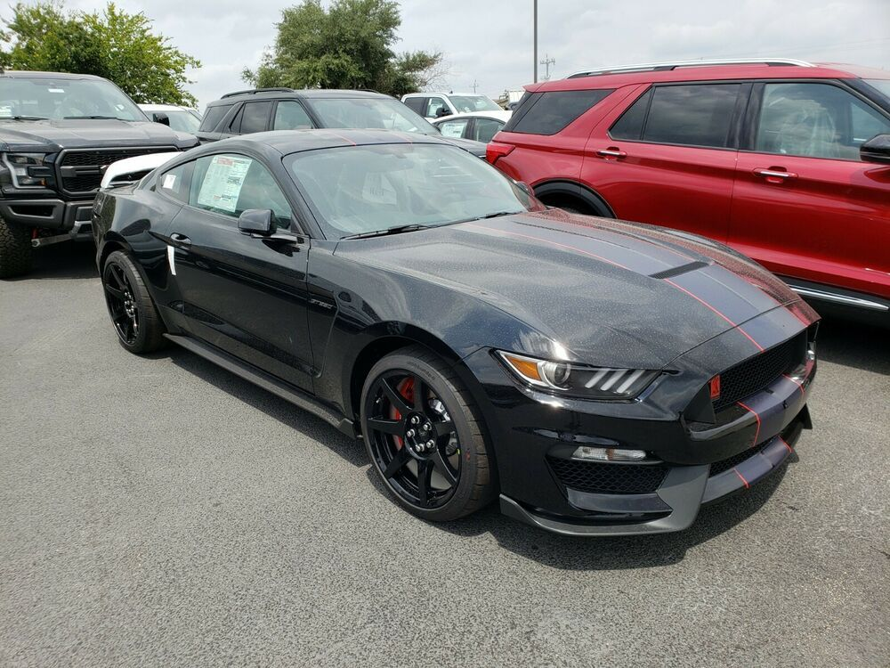 2019 Ford Mustang Shelby Gt350r 72 505 00 Ford Shelby Gt350 Gt350r Mustang Performance Fordracing Svt Voodoo Ford Mustang Shelby Gt350r 2019 Ford