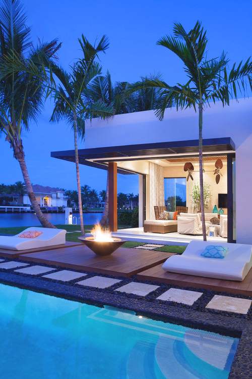 15 Striking Tropical Patio Designs That Make The View Even More ... 15 Sport Schwimmbad Designs