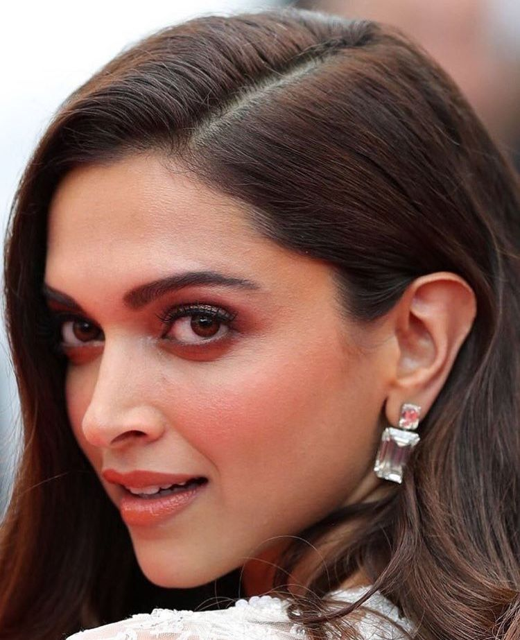 Such a beauty #deepikapadukone #cannes2018 | Perfect ...