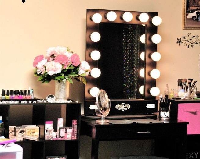 I Really Want A Makeup Station Like This ♡ · Decorating Girls RoomsTeen ...