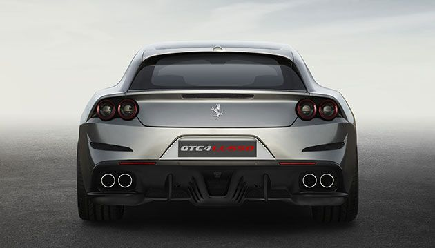 Innovation, versatility, performance, sportiness and elegance have all been given an entirely new meaning thanks to the way they merge seamlessly in the GTC4Lusso. Come discover a whole new world.