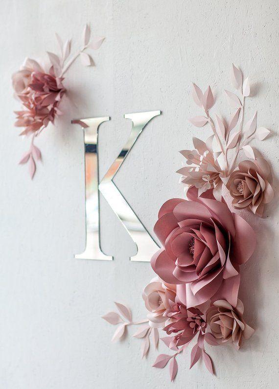 Photo of Personalisierte Kinderzimmer Wand-Dekor – Papier Blumen Wand-Dekor in rosa – personalisierte Kindergarten Zeichen