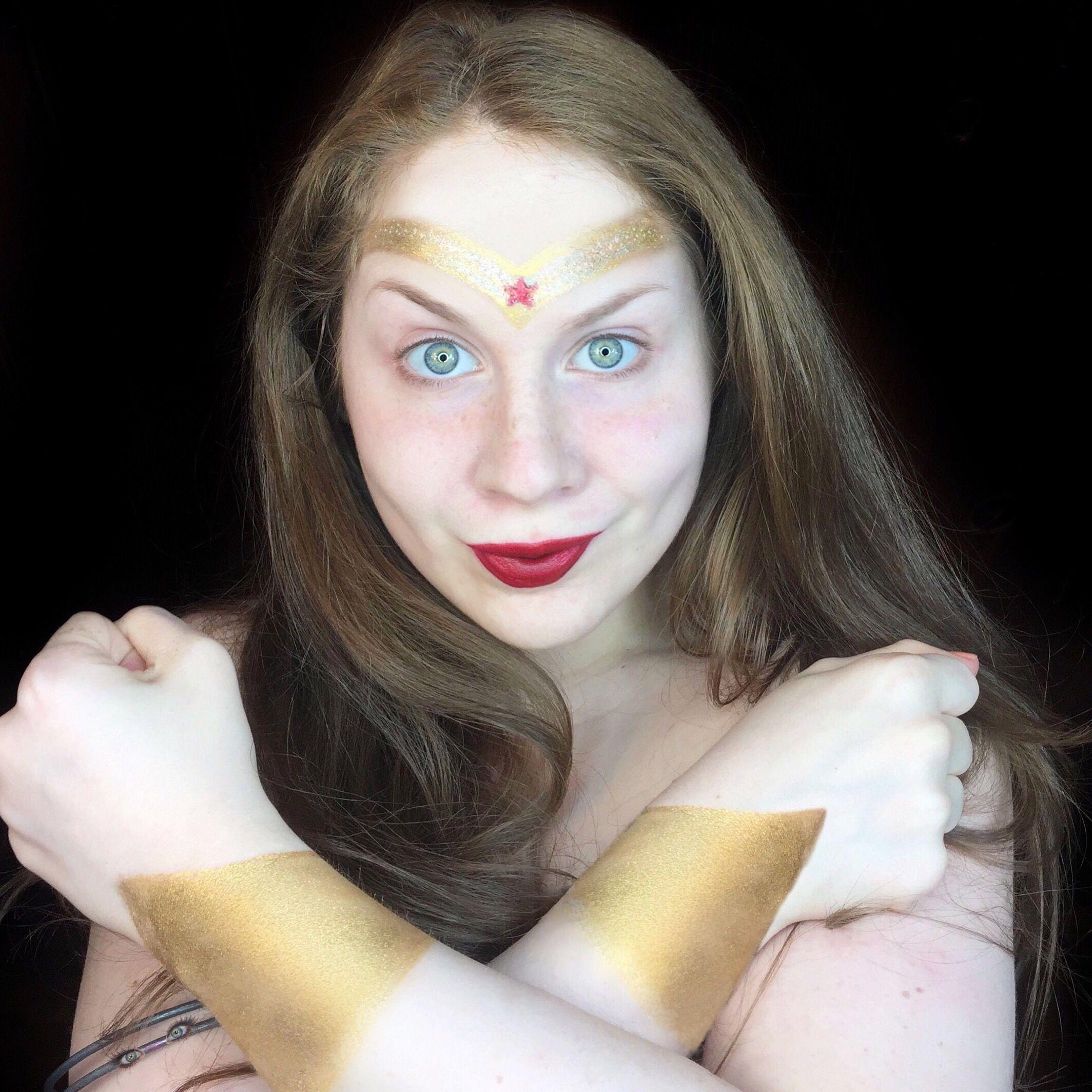 Simple Wonder Woman Halloween Makeup Look (WonderLillee