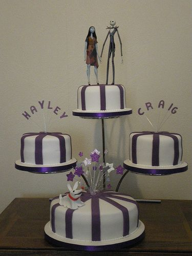 The Nightmare Before Christmas wedding cake Love the different