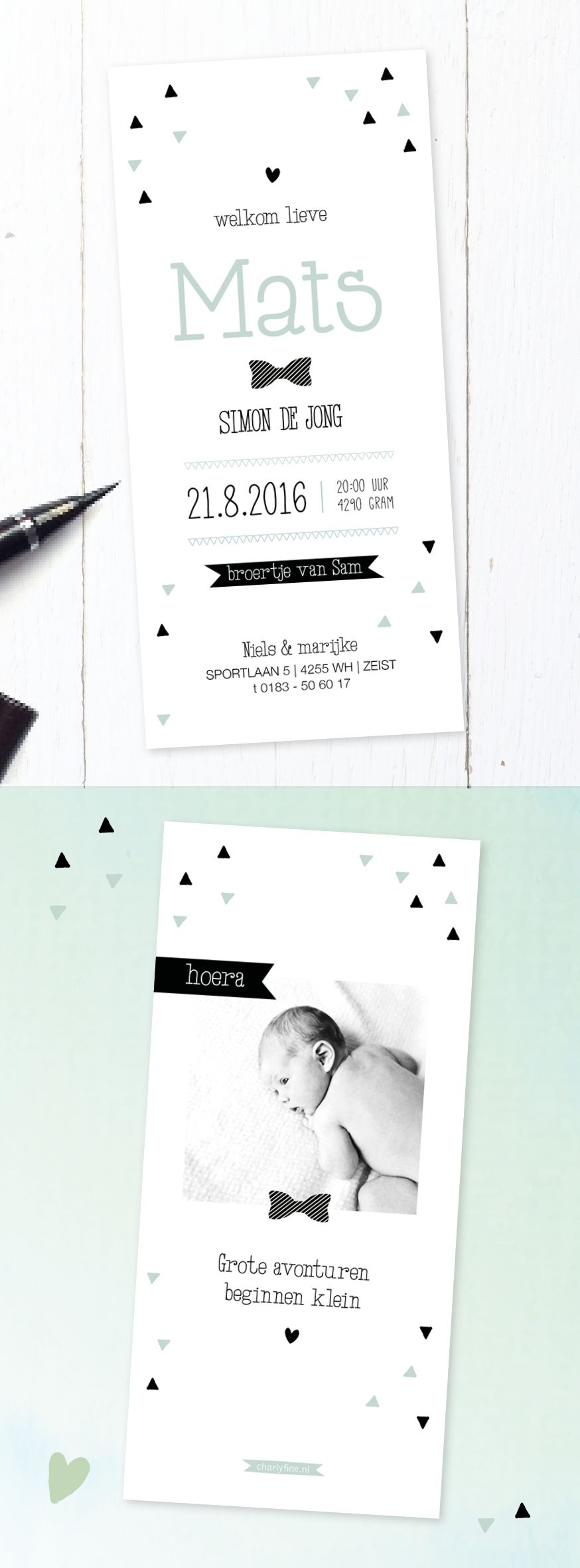 Stoer geboortekaartje jongen met strikje   foto   zwart wit groen   blauw   gedichtje   driehoekjes   baby boy   newborn   baby announcement