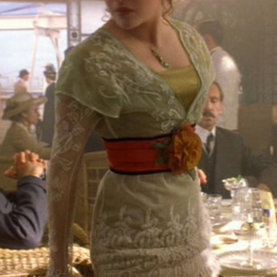 Green & lace dress from Titanic. I need to find a replica ASAP!