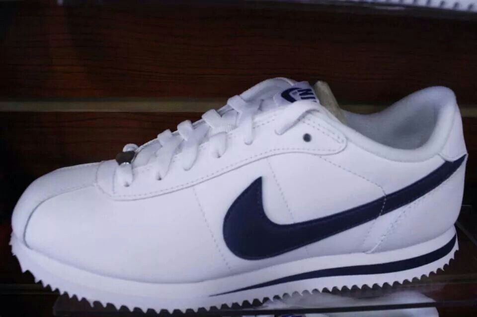 d20ae0b2a997 navy blue and white cortez