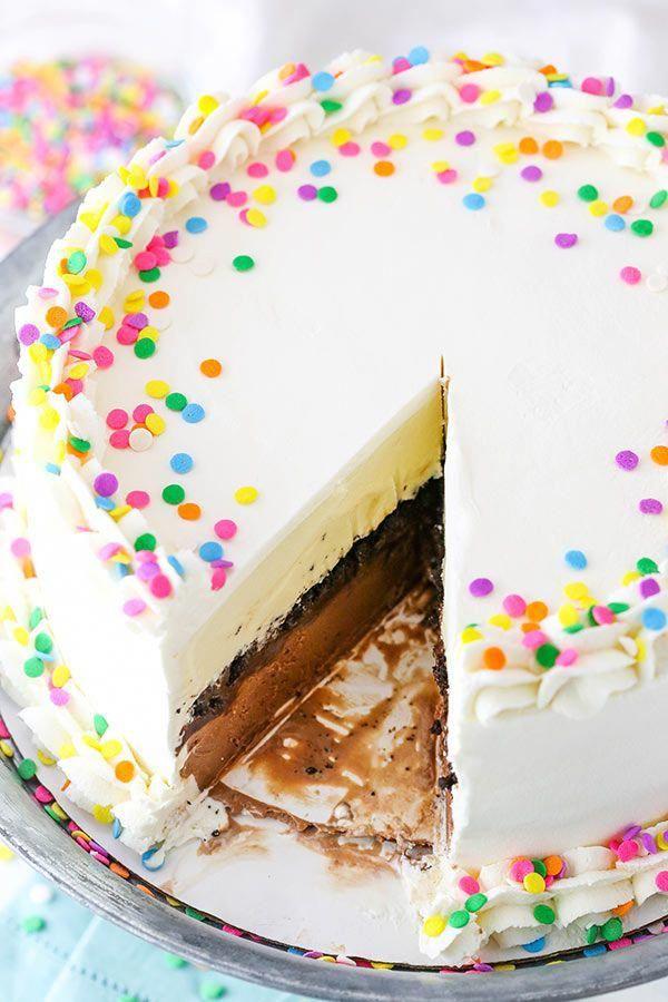 HOMEMADE DAIRY QUEEN ICE CREAM CAKE - Chicken Recipes