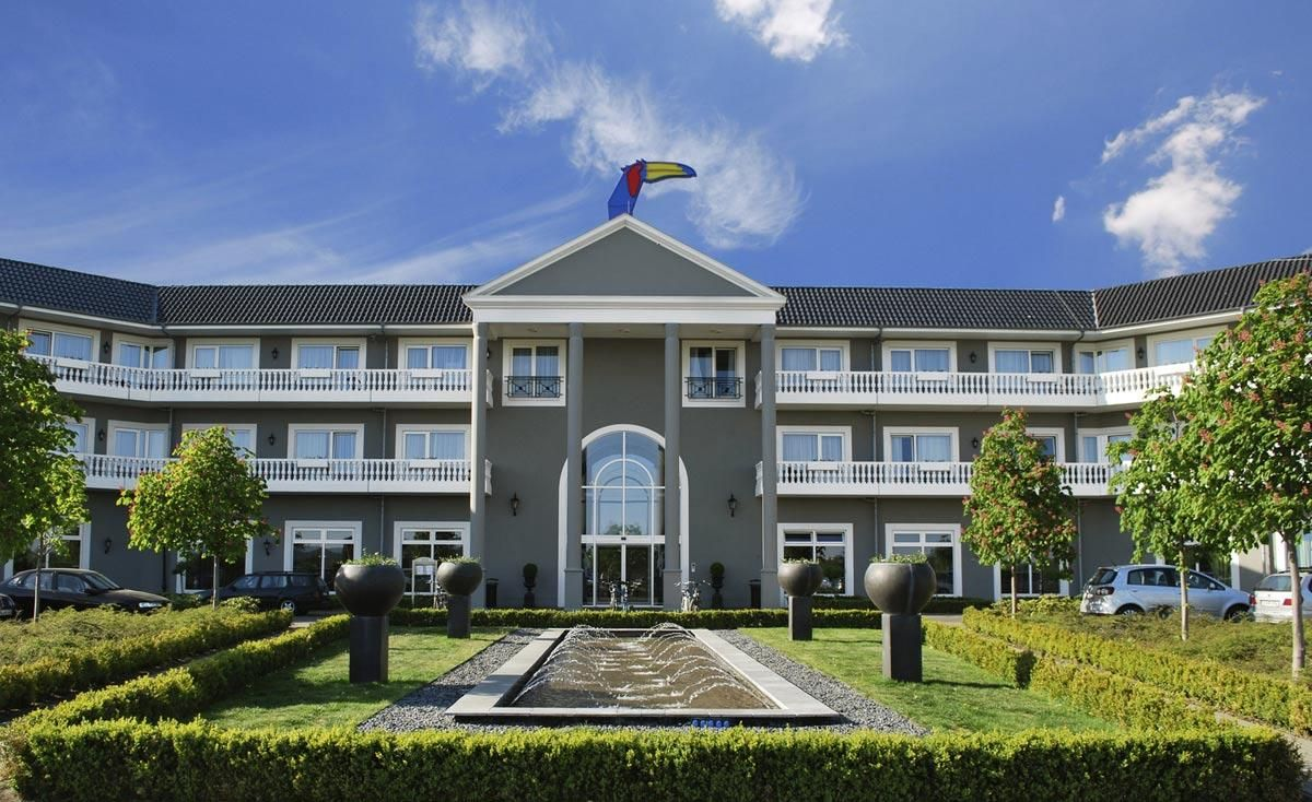 Ferienparks In Deutschland Ort 3 Hotelname Ab 000 Euro Agypten House Styles Home Decor Und Euro
