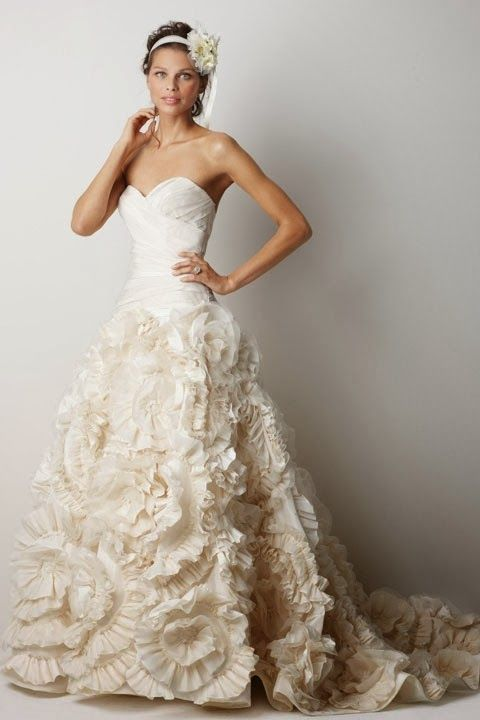 exquisite topless bridal gown | Wedding dresses and gowns ...