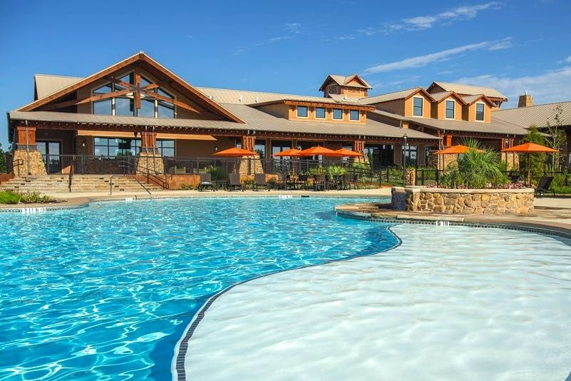 Outdoor Pool at Del Webb Sweetgrass in Richmond, Texas
