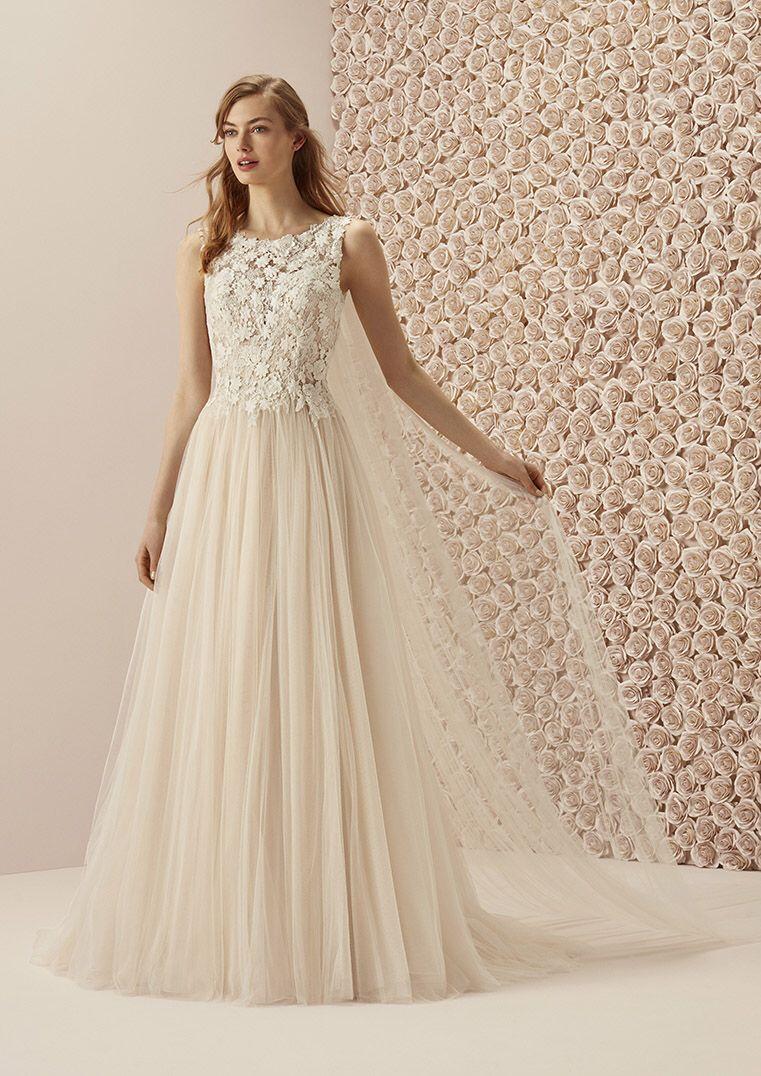 Pin von Cinderella Brautmode auf Romantische Brautkleider