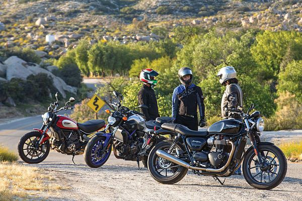 Triumphs New Bonneville Street Twin Meets Yamahas Fz 07 And