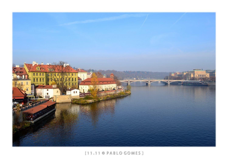 Rio Voltava / Vltava River [2011 - Praga / Prague - República Checa / Czech Republic] #fotografia #fotografias #photography #foto #fotos #photo #photos #local #locais #locals #cidade #cidades #ciudad #ciudades #city #cities #europa #europe #turismo #tourism #rios #rivers