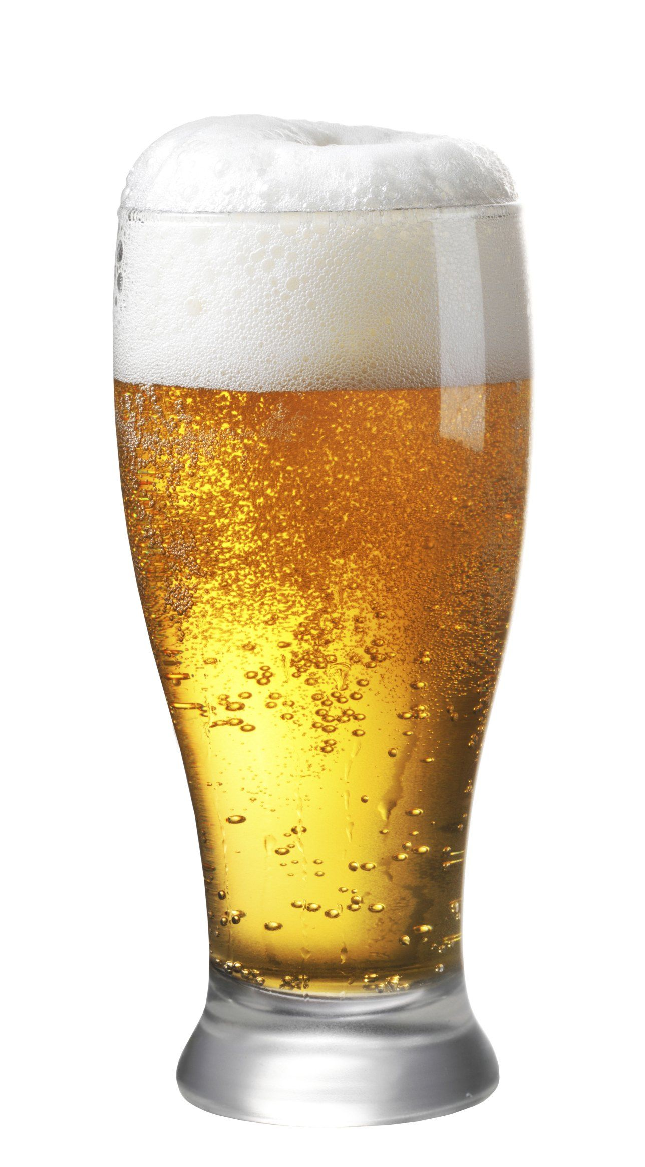 Is alcohol permitted on a clear liquid diet before a