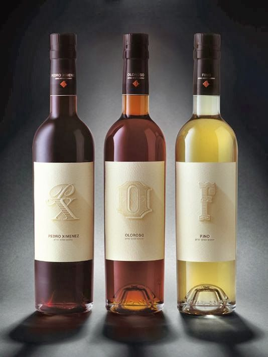 Lettering Time: 100 Etiquetas de Vino con mucho gusto tipográfico   by @LetteringTime