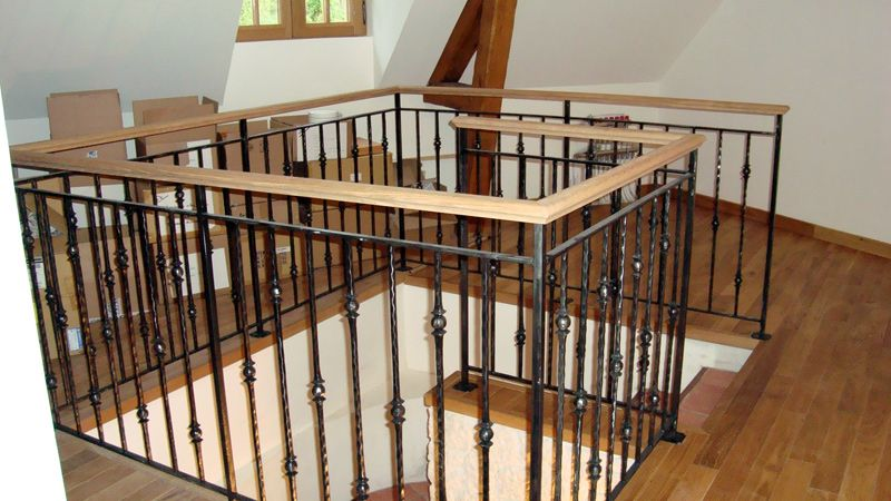 balustrade escalier bois metal fer 800 450 escalier pinterest escaliers. Black Bedroom Furniture Sets. Home Design Ideas