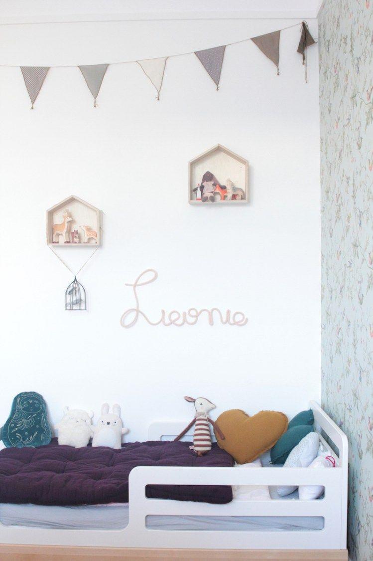La chambre de Léonie. Déco chambre fille, romantique et vintage // Hëllø Blogzine blog deco & lifestyle www.hello-hello.fr #vintage #oeuf #numero74