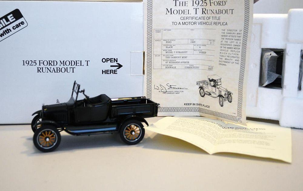 Danbury Mint 1 24 Car 1925 Ford Model T Runabout Convertible Black