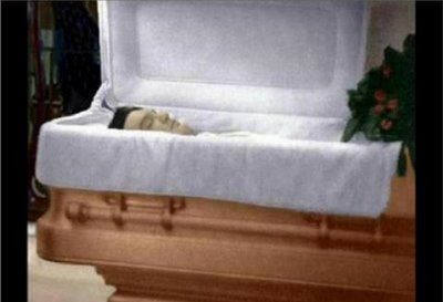 Elvis Presley Pictures After Death | Elvis Presley death elvis photo picture in coffin casket