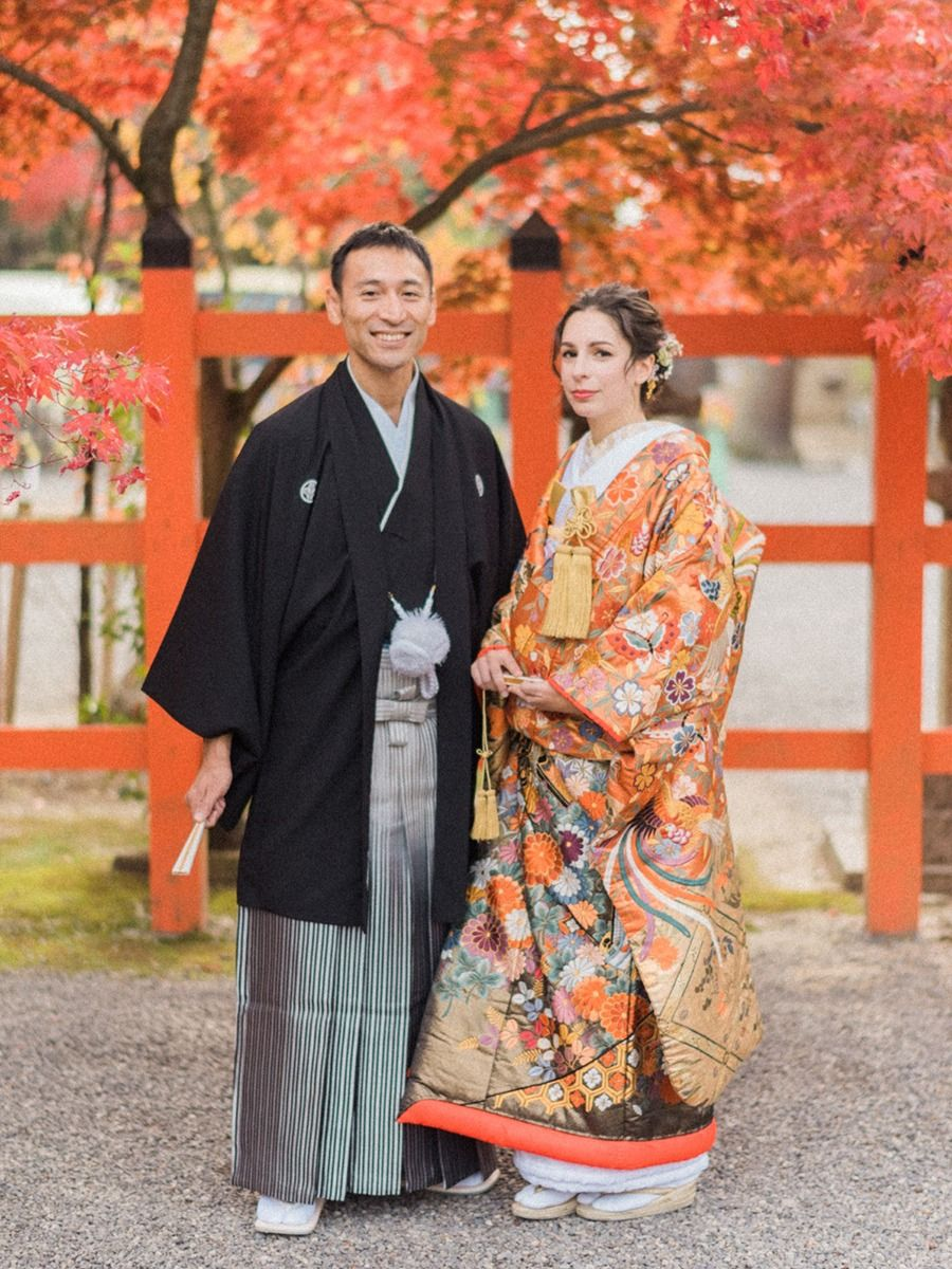 A Traditional Japanese Wedding In The Fall Japanese Wedding Dress Japanese Wedding Wedding Kimono