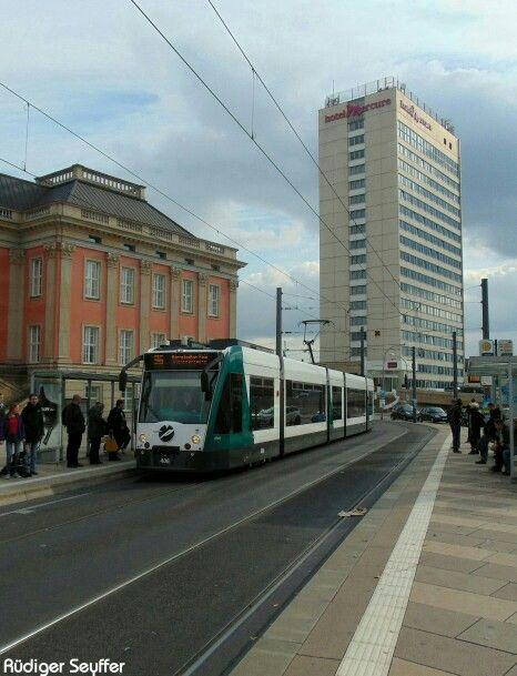 Musikersatzverkehr, Straßenbahnen werden zur Konzertbühne. http://www.pnn.de/potsdam/1036282/