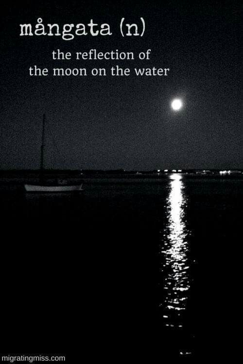 Saw That In Spain The Reflection Of The Moon On The Sea It Was