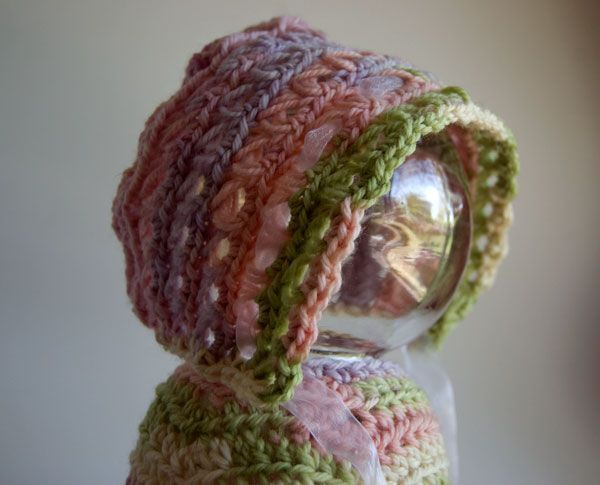 Free Pattern: Baby In Bloom Bonnet | Handarbeiten