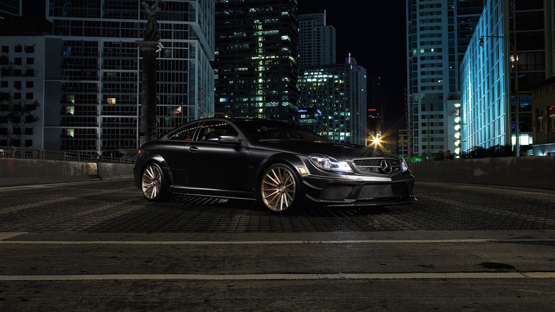 Black Mercedes Free Wallpapers