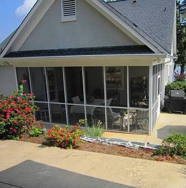 Screened Porch And Garage Oasis: Screened Porch Next Door To Garage