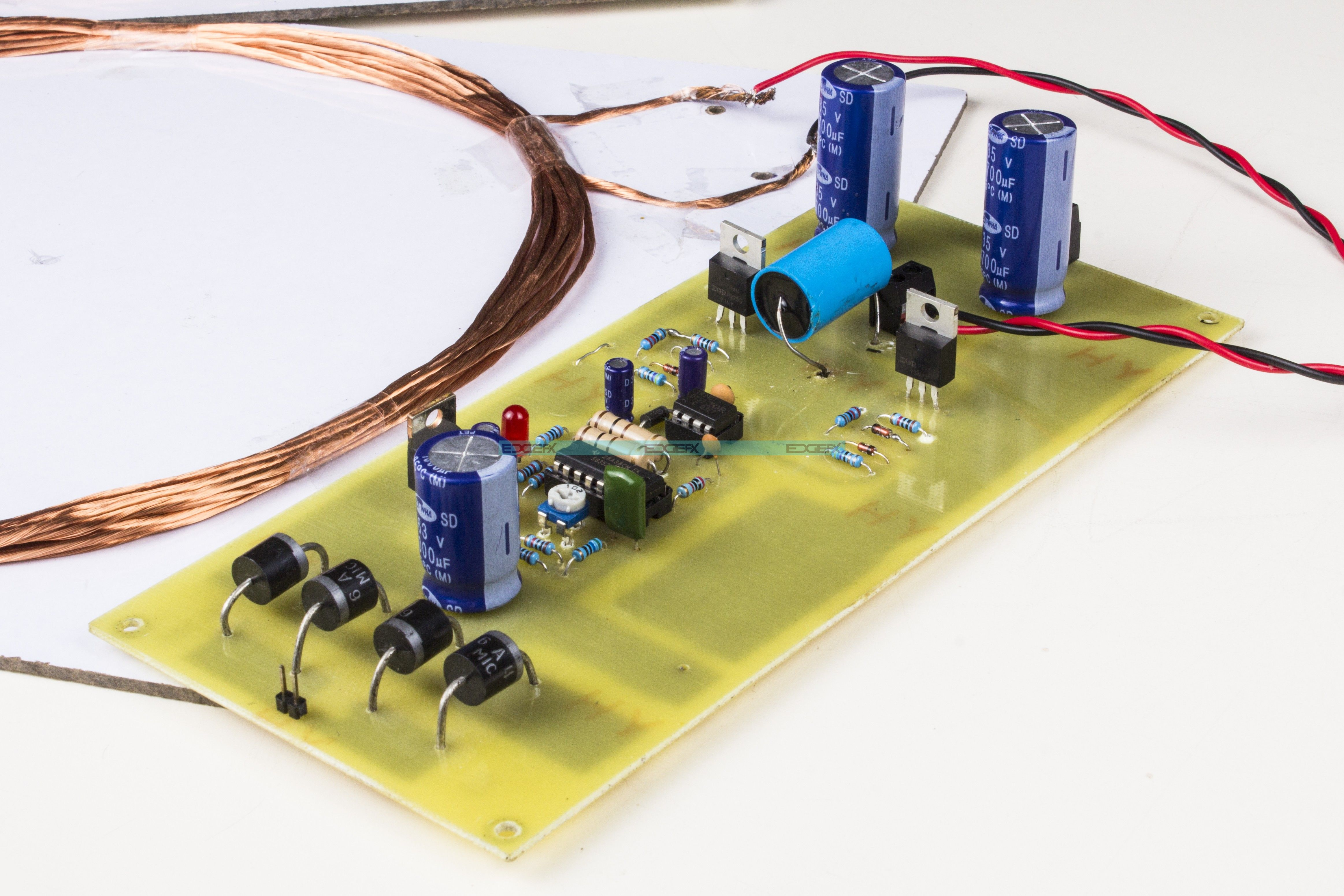 This project is used to develop a wireless power transfer for