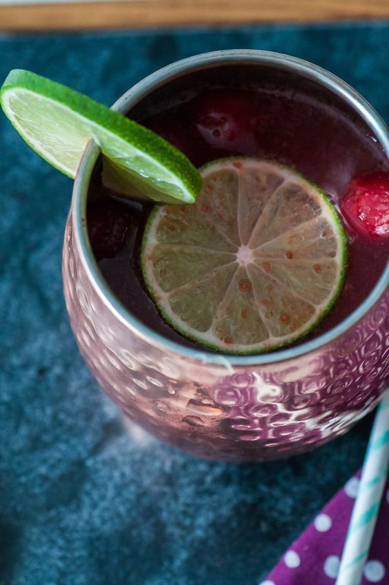 , they taste like boozy cherry limeades! The perfect light and refreshing cocktail for Spring!
