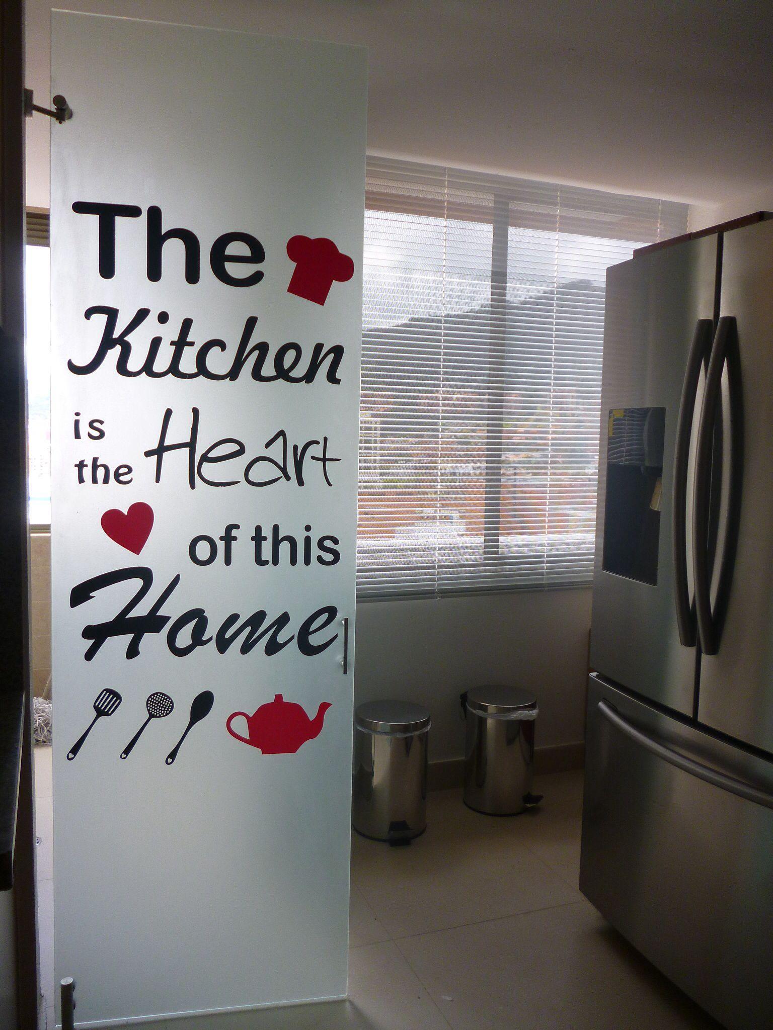 Vinilo decorativo para tu cocina decoracion for Cocinas bonitas