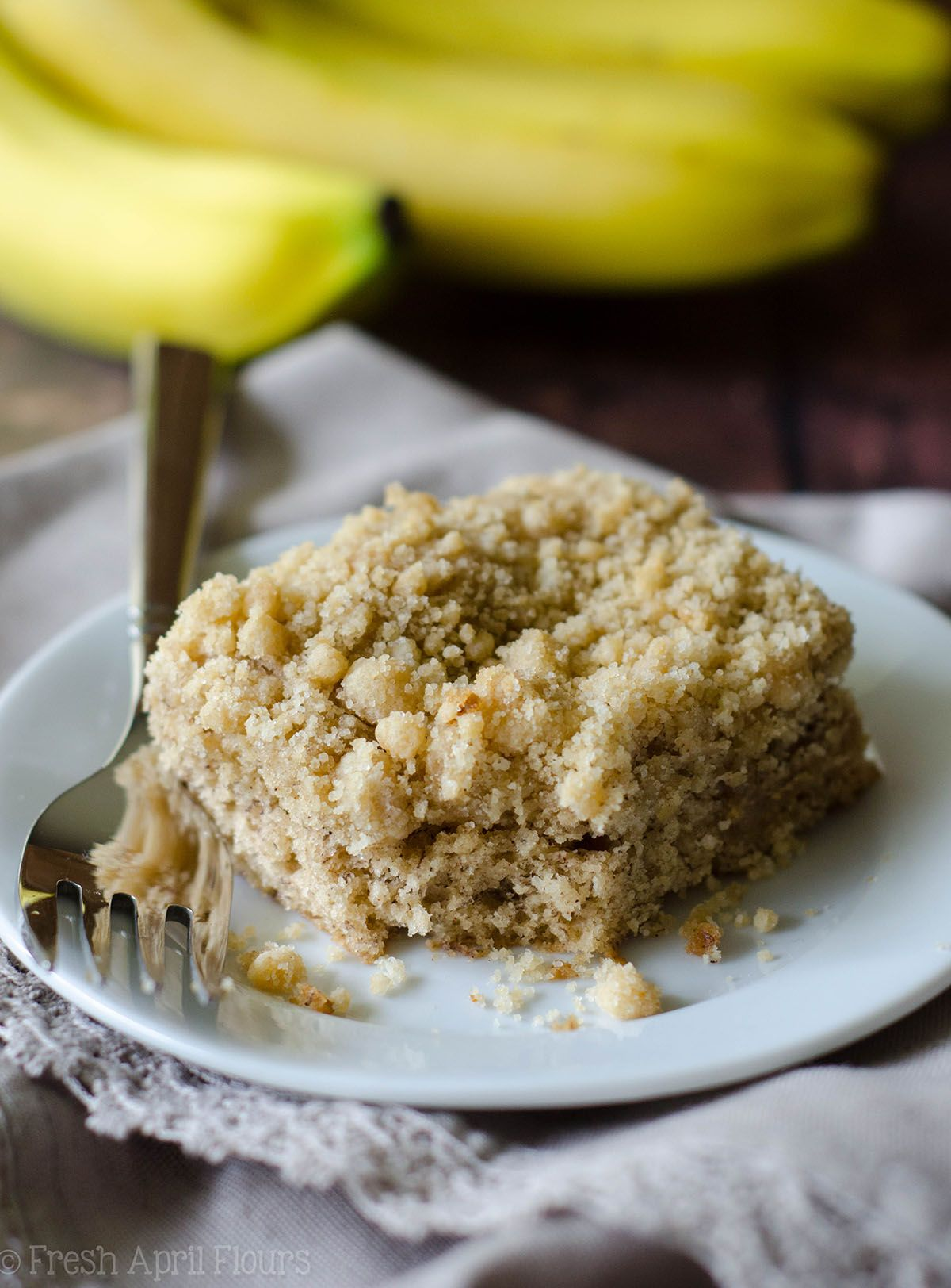 Banana crumb snack cake recipe snack cake banana