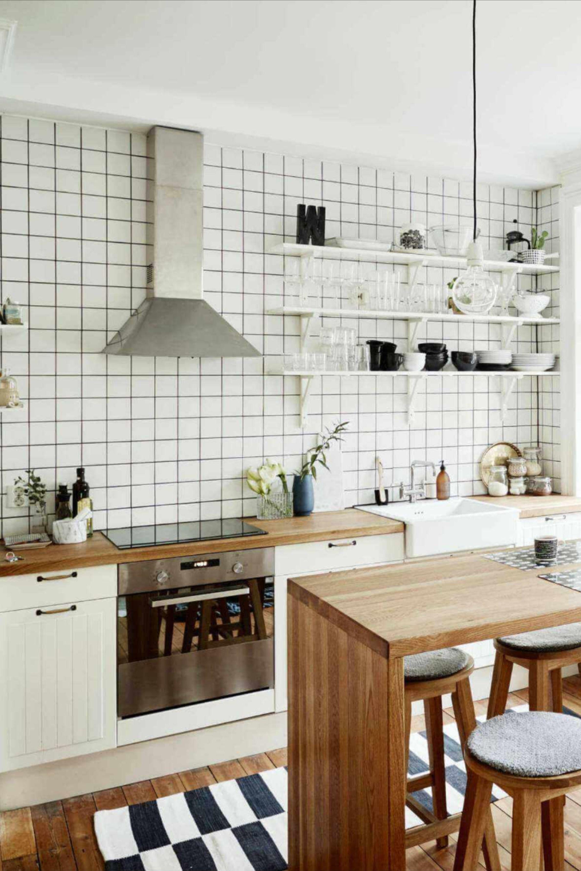 Small Kitchen Design Tips   Kitchen design small, Kitchen remodel ...