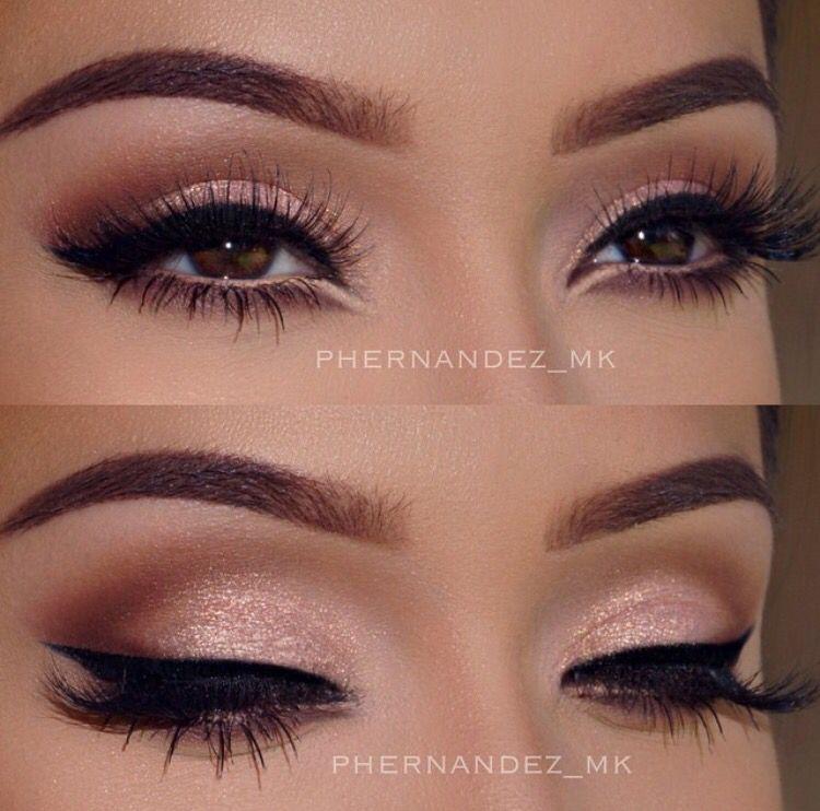 Soft Pink Eye Shadow With Bold Eye Liner Cat Eye Makeup Eye