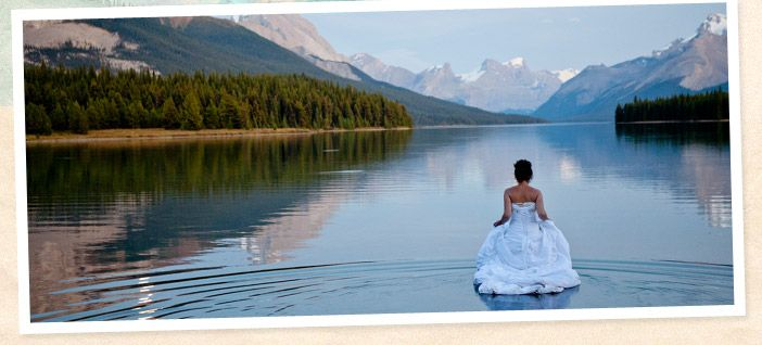 the maligne lake chalet is a wonderful location for a