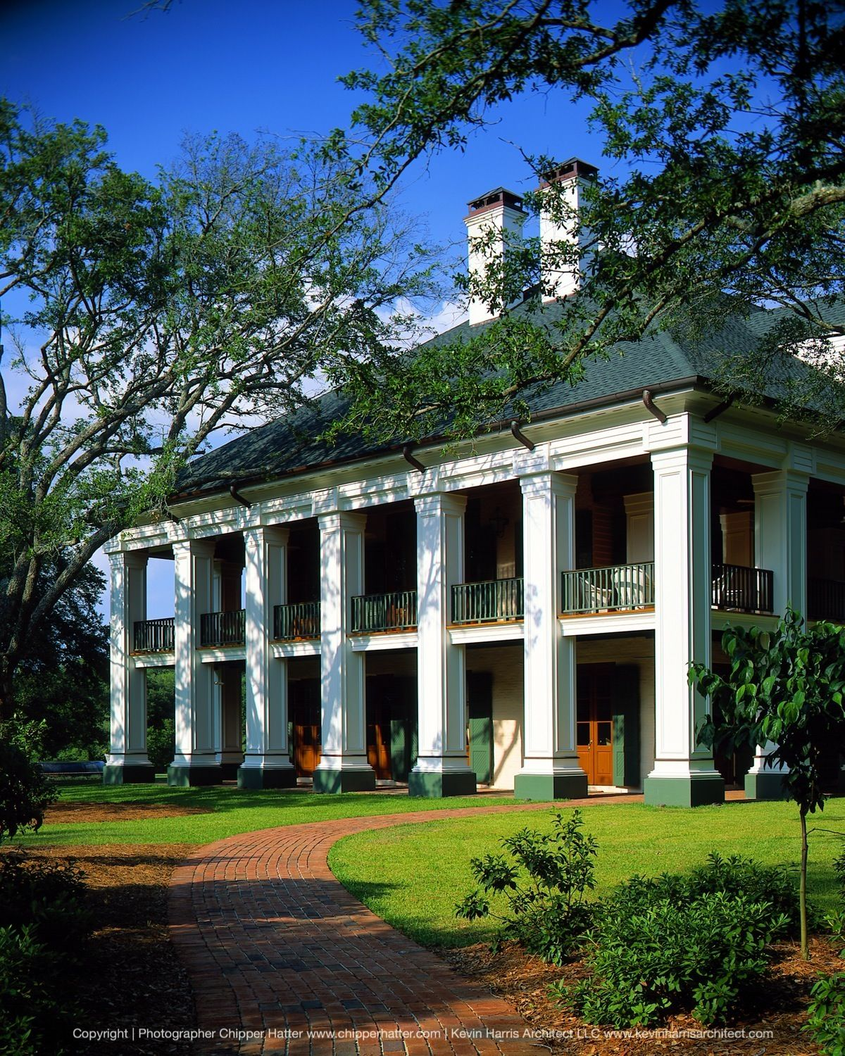Front entry of southern estate with large white columns