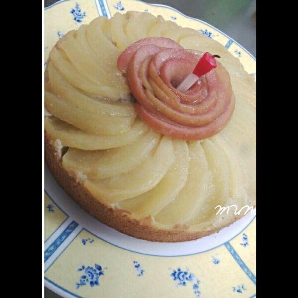 昨日は今年最後のセミナーでした。 先日お誕生日だった友達のためにマロンとリンゴのパウンドケーキを焼きました。 市販のマロンクリームが甘かったのでお砂糖なしです。 クリーム入るとしっとりするのよ>^_^< - 64件のもぐもぐ - アップル*マロンクリームパウンドケーキ♪ by MUNI3