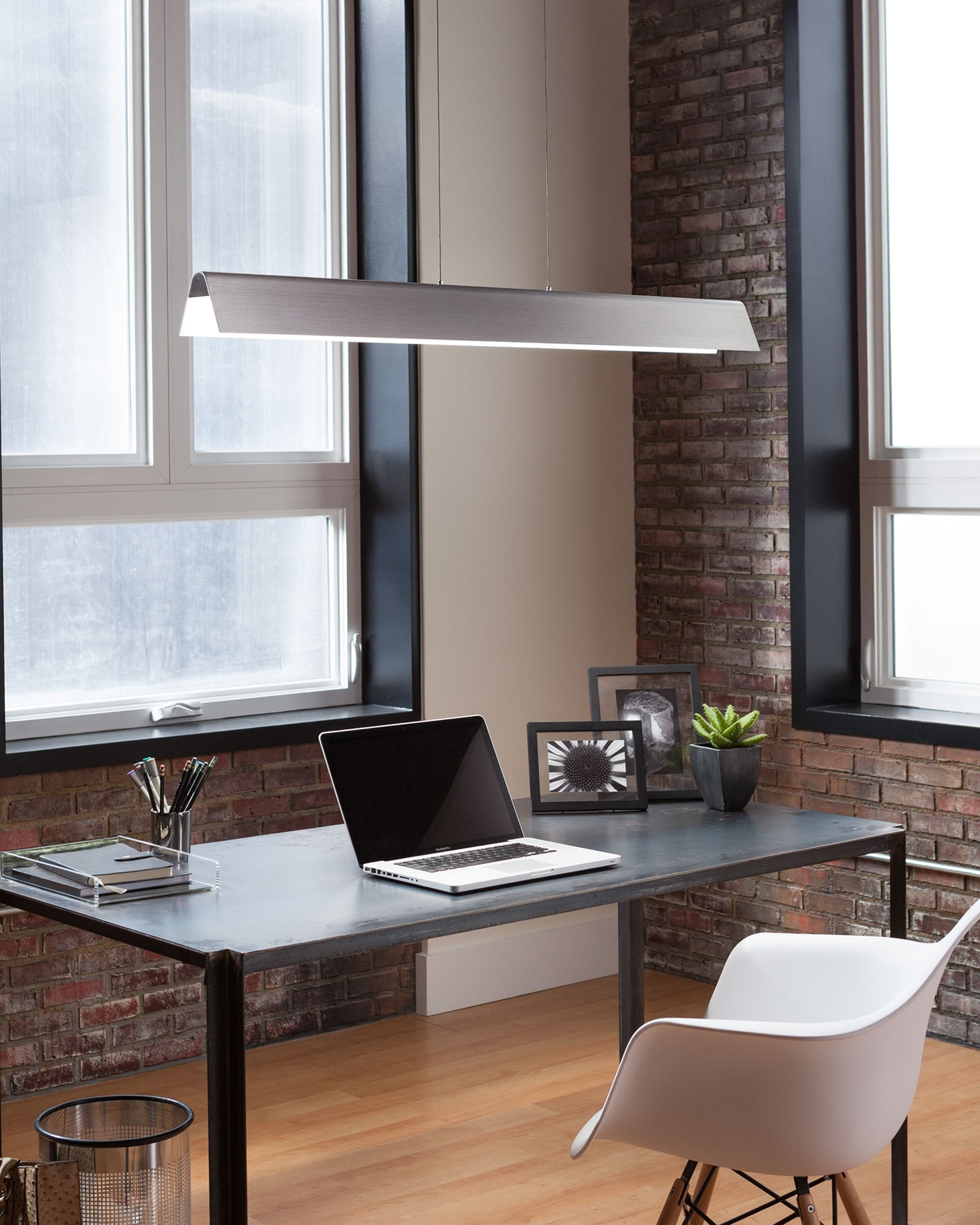 The Angular Metal Shade Housing Of The Dobson Linear Suspension Light From Tech Lighting Is Treated Wi Linear Pendant Lighting Linear Suspension Tech Lighting