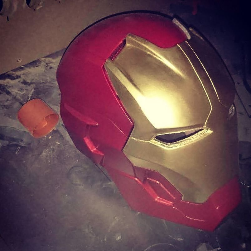 Something we liked from Instagram! Finally im almost done with the entire suit #ironman #3dprint #3dprinted #3dprinter #cosplay #cosplayer #avengers #captainamerica #hulk #batman #airbrushing #airbrush by rensole check us out: http://bit.ly/1KyLetq