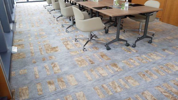 Broadloom Vs Carpet Tiles Handmade Carpets Exporters And