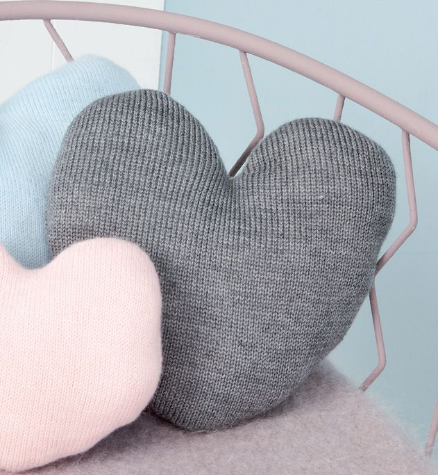 Mod le coussin en forme de coeur coussin c lin en forme for Taille moyenne chambre